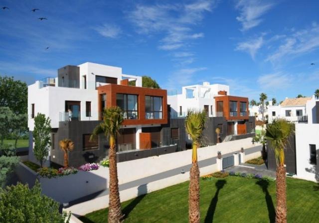 Недвижимость в испании города